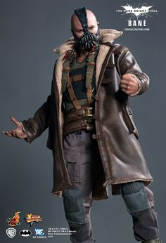 Hot Toys : The Dark Knight Rises - Bane 1/6th scale Collectible Figure