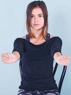 Zlobí vás karpály? Cvičení pomůže - Novinky.cz Health Fitness, Cold Shoulder Dress, Workout, Dresses, Women, Sport, Fashion, Diet, Vestidos
