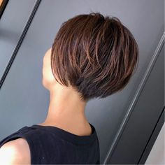 Pixie Hairstyles, Short Hairstyles For Women, Cool Hairstyles, Short Bob Haircuts, Cool Haircuts, Short Hair Cuts, Short Hair Styles, Japanese Short Hair, World Hair