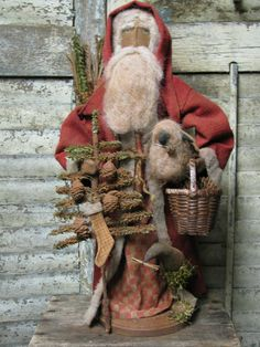 Santa by Folk Artist Sue Corlett ~ 1897 House
