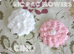 Ric rac flower tutorial. No sewing machine needed!