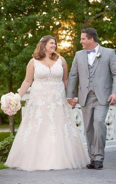 6552  Romantic Princess Plus Size Wedding Dress by Stella York