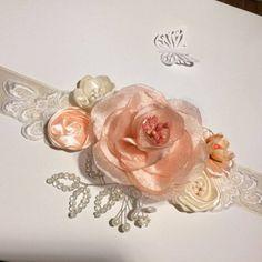 * Brau pentru rochie eleganta, piersica si bej deschis cu perle, stamine si dantela/ cordon elegant / curea rochie *