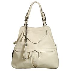 Watch out Kyle Richards, there's a new style queen in town.I LOVE LOVE LOVE THIS HANDBAG!!!