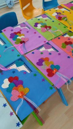 Risultati immagini per maternelle après avoir peint le fond Kids Crafts, Preschool Crafts, Diy And Crafts, Arts And Crafts, Paper Crafts, Painting For Kids, Art For Kids, Children Painting, Art N Craft
