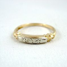 $450 vintage wedding ring  WHAT?!?! this looks just like my ring!!