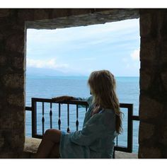 Admiring the view in our #seastar #tunic #islandsmiles #vacation #islandgirl #mermaid #nofiltor #caribbean #onelove #westindieswear