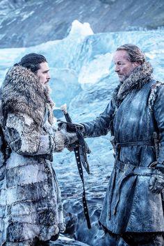 Jon Snow, Ser Jorah Mormont, game of thrones season 7 episode 6. Kit Harington