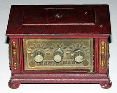 Antique Kenton Toys Cast Iron Radio Bank with Combination Lock.