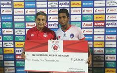 Namma Nandha Kumar playing for Delhi Dynamos FC received ISL emerging player of the match award at the Jawaharlal Nehru Stadium, Chennai, India playing against Chennaiyin FC on the 7th January 2018. http://www.futbolsala.in  #RoarWithTheLions #LetsFootball #CHEDEL Nandha Kumar Fan Club #HeroISL Fútbol Sala