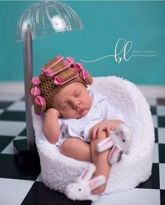 New Funny Baby Costumes Future Children 22 Ideas Baby Girl Photos, Cute Baby Pictures, Newborn Pictures, Funny Babies, Cute Babies, Funny Baby Costumes, Foto Baby, Newborn Baby Photography, Trendy Baby
