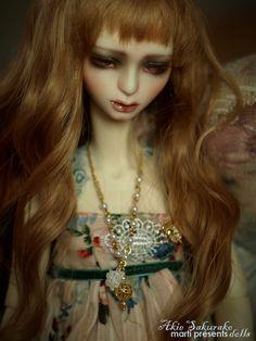 Akie doll by Marti Presents.