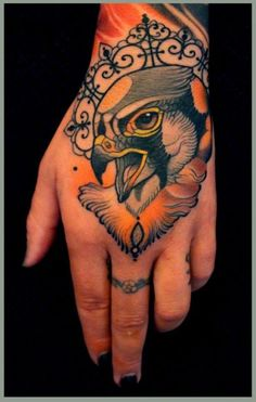 Bird hand tattoo by Lars Uwe Jensen, Tattoos by Lars Uwe Jensen Palm Tattoos, Feather Tattoos, Body Art Tattoos, Hand And Finger Tattoos, Bird Hand Tattoo, Incredible Tattoos, Beautiful Tattoos, Ma Tattoo, Chakra Tattoo