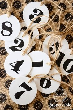 LARGE NUMBER TAGS DI