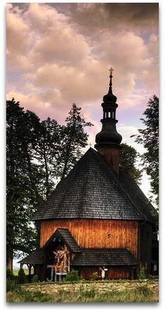Holy Cross Church, Chabowka, Poland  Kościółek św. Krzyża w Chabówce. XVIII w.