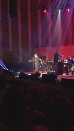 Josep Copoví @JosepCopovi  21 nov. Concert València @RAPHAELartista  Como yo te amo  #Raphaelsinphonico