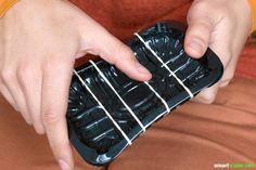 Dein Kind macht gerne Musik? Dann könnt ihr aus vermeintlichen Abfällen und Haushaltsgegenständen jede Menge Musikinstrumente basteln!