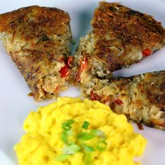 Stuffed Hash Browns - These hash browns are so packed full of ingredients, it hardly qualifies as a side dish!shows/the chew/recipes What's For Breakfast, Savory Breakfast, Breakfast Dishes, Breakfast Recipes, Brunch Dishes, The Chew Recipes, Cooking Recipes, Healthy Recipes, Egg Recipes
