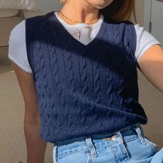 Sweater Vest Outfit, Vest Outfits, Indie Outfits, Retro Outfits, Cute Casual Outfits, Vintage Outfits, Fashion Outfits, Knit Vest, 90s Fashion
