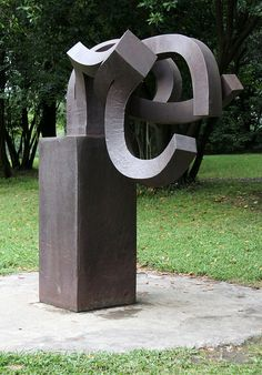 Eduardo Chillida - 1990 - PEINE DEL VIENTO XVII | Flickr - Photo Sharing!