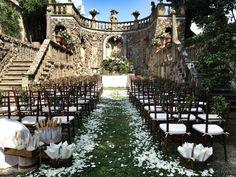 """Gorgeous White Ceremony; """"Il Grotto"""" #wedding"""