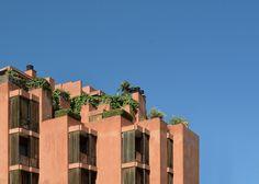 José Antonio Coderch > Edificio de viviendas del Banco Urquijo. 1967