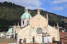 COMO. Duomo (cathédrale) façade Ouest et coupole.