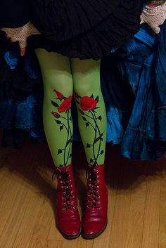 Poison ivy casual cosplay - Tattoo Tights by exoskeletoncabaret, via Flickr