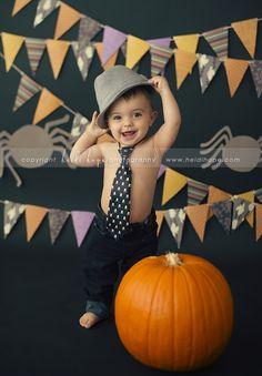 Baby B turns 1 year old! Massachusetts first birthday cake smash portrait photographer. » Heidi Hope Photography