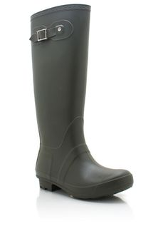 Somewhat similar to Hunter Rainboots just an 80% difference!!