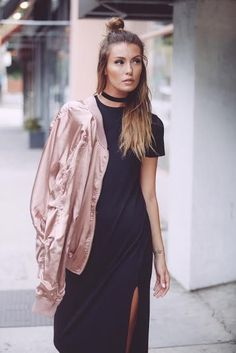 Get with the trend - our Atomic satin bomber jacket is a must have for fashion forward babes. Our obsession with this light pink satin bomber is too real. Pair this jacket with a bodycon maxi or denim