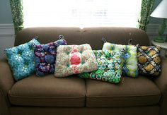www.mmmcrafts.blogspot.co.il posted:  six cushions only took ten years. now you make some  great tutorial for these nice cushions!
