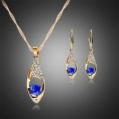 FREE JEWELS A Suit of Gorgeous Rhinestone Square Necklace and Earrings For Women