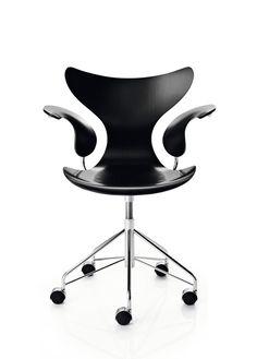 Arne Jacobsen, Swivel armchair Lily, 1970. Via Republic of Fritz Hansen