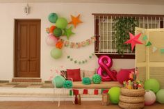 Une ambiance tropicale chez vous, on adore ! Sky Lanterns, Decoration, Tropical, Sky Lantern, Decorating, Deko, Dekoration, Deck, Decor