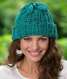 Two-for-One Hat and Cowl Crochet Pattern | Red Heart - Clever! awj