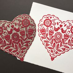 My heart print along side the inked lino, available from my Etsy Shop. . . #linoprint #linocut #printmaking #heart #blockprint #reliefprint #scandi #valentinesday #valentines #valentine #print #handmade #etsyshop