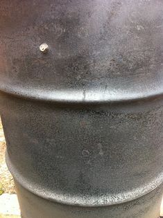 The Cheezer's random thoughts: Ugly Drum Smoker Barrel Bbq, Barrel Smoker, Uds Smoker, Build A Smoker, Ugly Drum Smoker, Fire Basket, 55 Gallon Drum, Random Thoughts, Exterior Paint