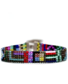 Tiny Beaded Bracelet in Pandora by Julie Rofman. I used to have a beadloom - need to bust it out?