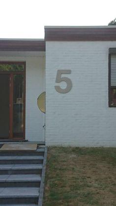 RVS huisnummer van 500 mm hoog. RVS Land.