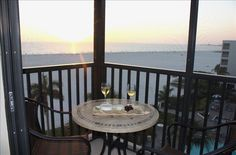 Best Value Direct on Beach. Luxury Upgrades.... - VRBO