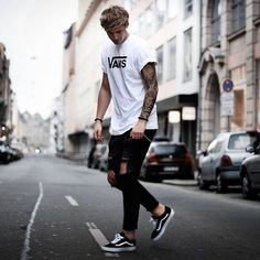 111 fashion ideas you can try from men's outfits hip hop street style - page 2 Style Streetwear, Streetwear Fashion, Mode Outfits, Fashion Outfits, Fashion Styles, Fashion Ideas, Men's Fashion, Fashion Trends, Style Hipster