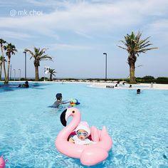 The baby angel is in swimming pool - 귀요미 입술 우♥ - #splash #swimming #tube #wonderfulday #cutebaby #regram #Jeju #Haevichi #Hyundai