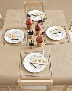 Lille Lykke: customized illustrated table cloth
