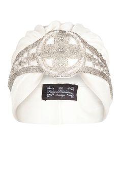 Cream Velvet Turban with Silver Bead Appliqué por TheFHBoutique, £30.00