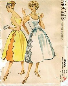 Vintage McCalls 4555 scalloped/Lace seamed dress-- hey! Scallops!