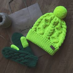 Wool hat and mittens