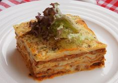 KUCHNIA  POLSKA  & mistrzowskie gotowanie: Lazania - lasagne bolognese Bolognese, Quiche, Breakfast, Ethnic Recipes, Food, Lasagna, Morning Coffee, Meal, Essen