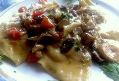 tortelloni-funghi-porcini #ricettedisardegna #cucina #sarda #sardinia #recipe Italian Cooking, Mani, Ravioli, Gnocchi, Fett, Recipes, Kitchens, Rezepte, Recipe