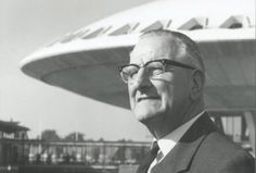 Louis Kalff poses before his Evoluon building in the 1960s. Photo: Eindhovens Dagblad.
